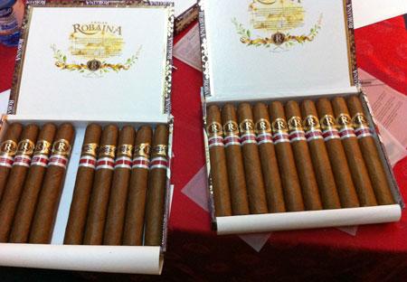 Vegas Robaina XV Aniversario Pre-Release (Canada RE)