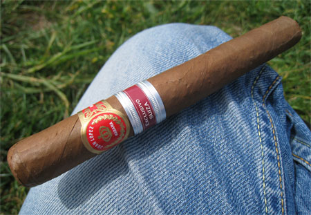Juan Lopez Maximo (Regional Edition Switzerland)