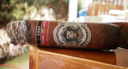 Zino Platinum Crown Series Emperor Edition 2009