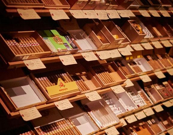 village-cigar-co-burlington.jpg