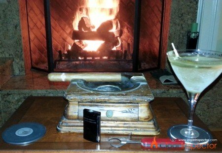 Montecristo Colleccion, a fireplace and gin martini