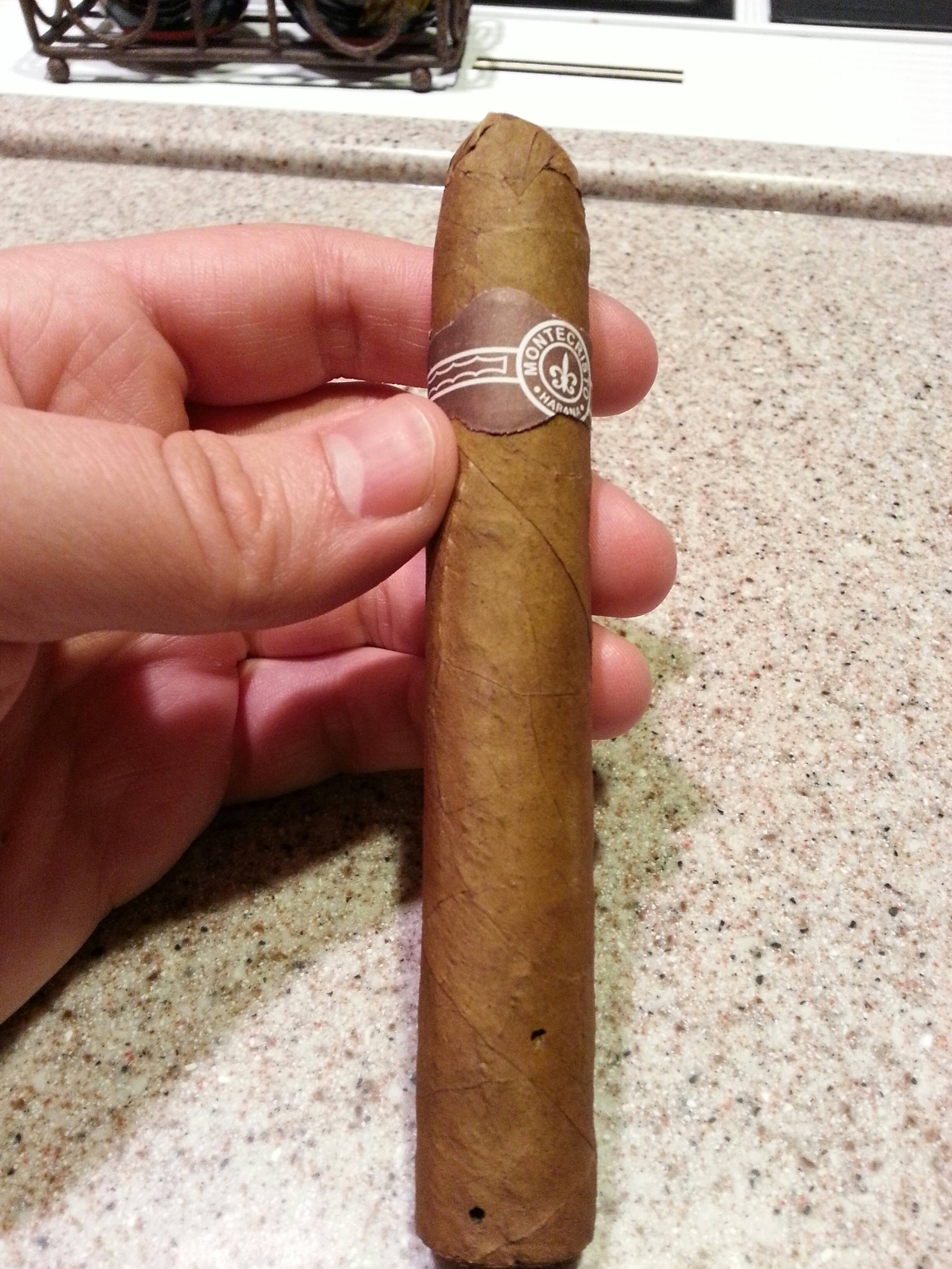 How to spot a fake Cuban cigar - Mr and Mrs RomanceMr and ... |Real Cuban Cigars