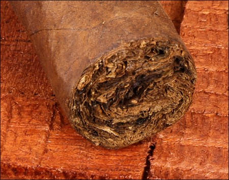 Distinctly different tobaccos were used in the blend.