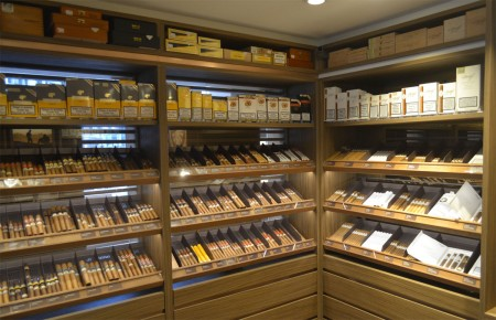Davidoff Cigar Shop in Brussels