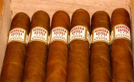 Herrera Esteli Short Corona Gorda