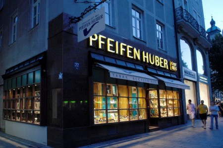 Pfeifen Huber - a cigar shop in Munich